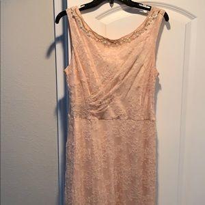 Tahari by Arthur S. Levine Formal Lace Dress